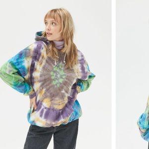NWT Urban Renewal Alien Tie Dye Hoodie Sweatshirt